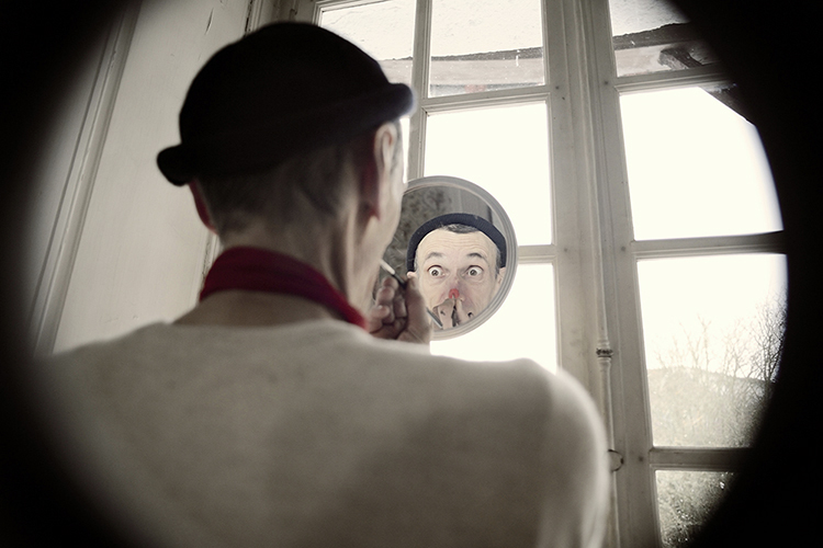 marie bienaime artiste photographe, clown, force fragile, travail sensible, clown et photographie, photographe lyon
