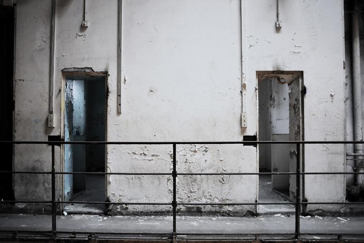 marie bienaime photographe artiste, saint paul prison en friche, prison déserte, lyon, prison saint paul