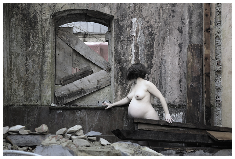 art, photographie d art, maternite, grossesse, urbex, marie bienaime, photographe lyon, photographe professionnel, photographe a lyon